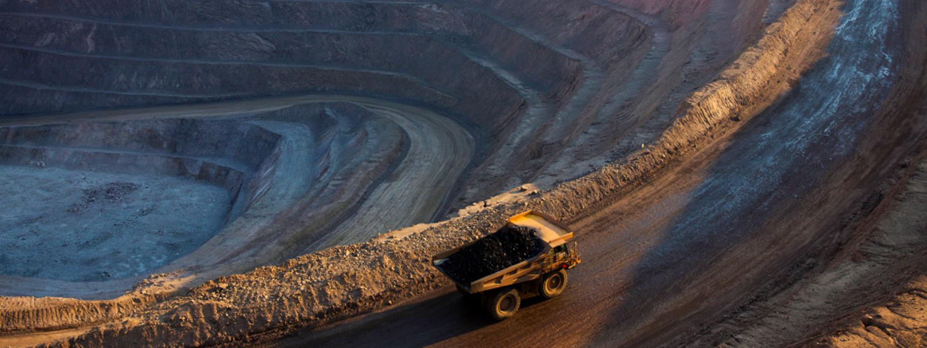 Glencore's Katanga unit halts cobalt exports from Kamoto mine